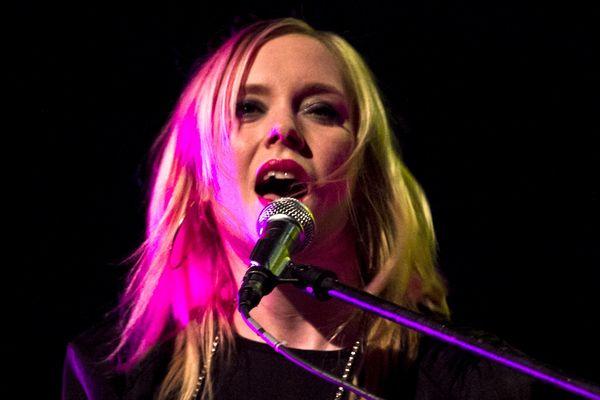 La chanteuse de jazz Fredrika Stahl invitée du Midi pile