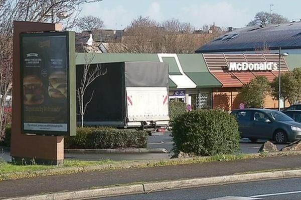 Le McDonald's d'Hennebont a connu une tentative de braquage à main armée dans la soirée du vendredi 28 février 2020.