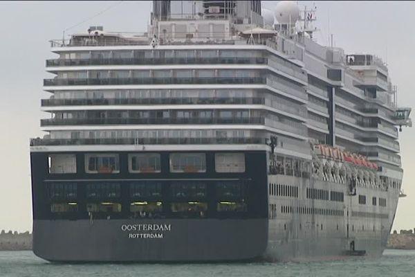 Un Immeuble flottant à Sète