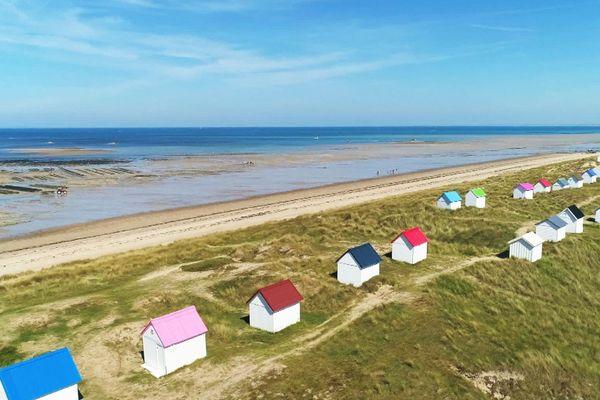 Cabanes de Gouville-sur-Mer.