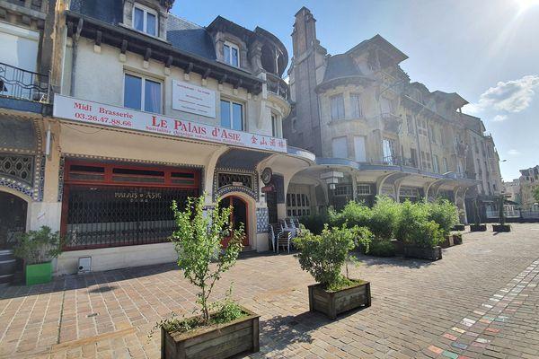 Le restaurant l'Extra s'installera dans ce local situé face aux halles du Boulingrin à Reims.