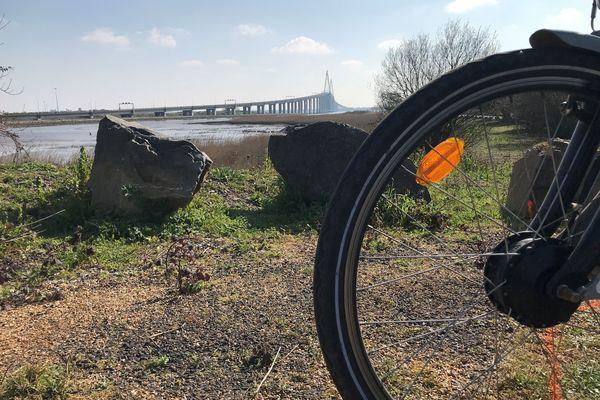 le Pont de Saint-Nazaire, un obstacle de taille pour les cyclistes