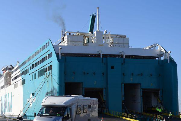 Difficile cette année d'emprunter le ferry dans le port de Sète, en direction du Maroc - 2020.