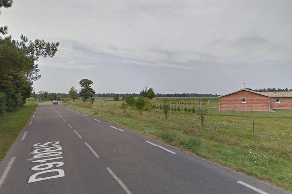 La D 910 Bis à La Clotte , en Charente-Maritime.