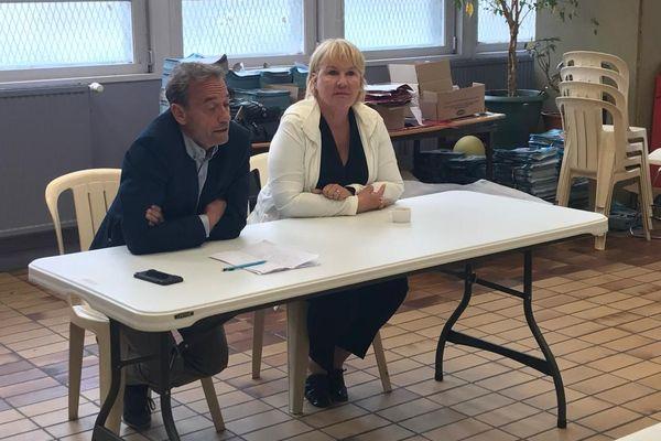 Jean-Claude Etienne et Pascale Lebon pour le canton de Boulogne-2, à Boulogne-sur-Mer pour annoncer le retrait de leur binôme au second tour des élections départementales dans le Pas-de-Calais.