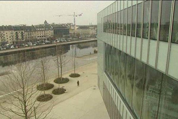 Sur le port de plaisance de Caen, la nouvelle bibliothèque Alexis de Tocqueville ouvrira bientôt