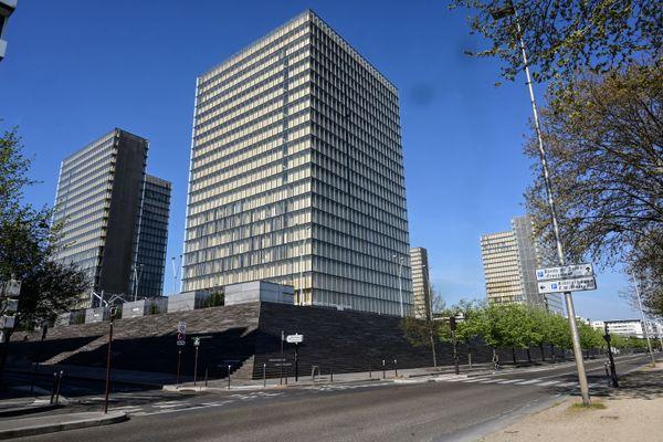 La Bibliothèque Nationale de France dont un des sites porte le nom de François Mitterrand