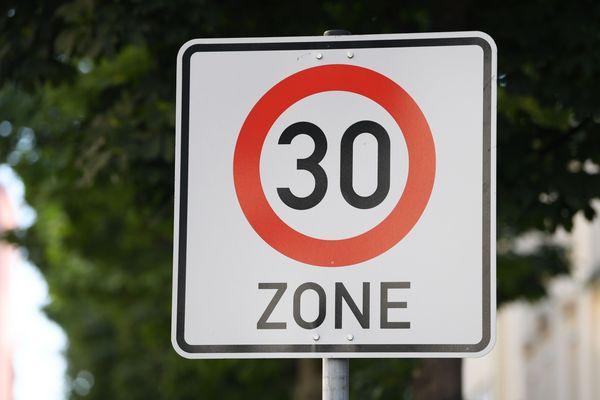A partir du 30 septembre, la vitesse des rues de l'hyper centre-ville d'Amiens est limitée à 30 km/h.