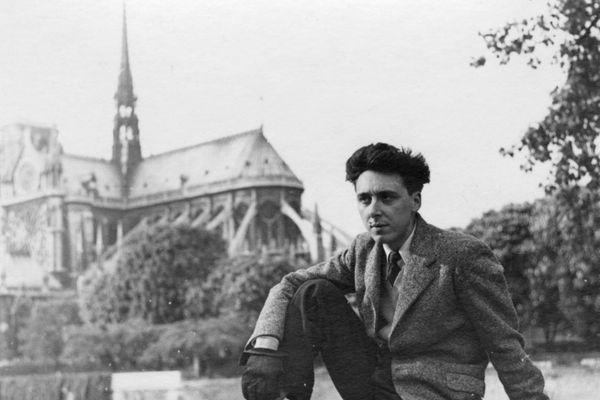Cette photo publiée par le Musée de l'Ordre de la Libération et prise en 1945 à Paris montre le membre de la résistance française Daniel Cordier, secrétaire de Jean Moulin et l'un des derniers héros de la Résistance française de la Seconde Guerre mondiale.