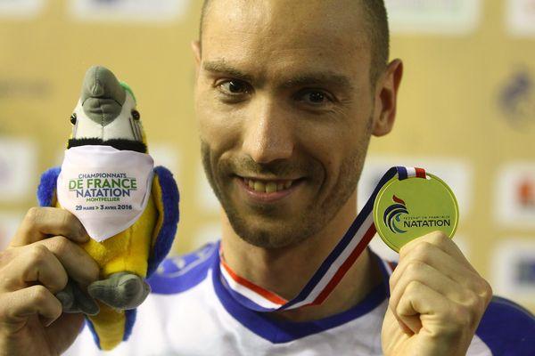 Jeremy Stravius le 1er avril après sa victoire aux 100m nage libre.