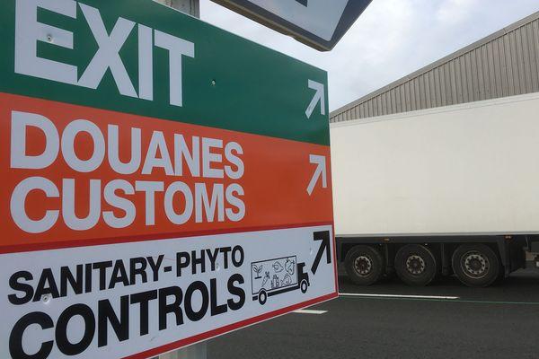 Après le Brexit, les contrôles douaniers des poids-lourds se feront au maximum à bord des ferries afin de ne pas paralyser le trafic