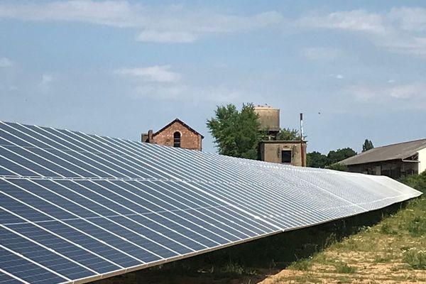 La ferme solaire de Bruz et Pont Péan implantée sur un ancien site industriel