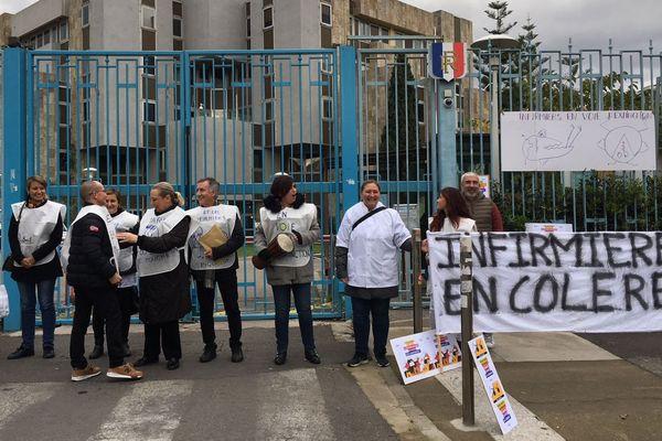 """20/11/2018 - Infirmières en voie d'extinction, mobilisation à Bastia des """"oubliées"""" du plan santé."""