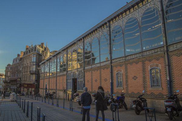 Le début des travaux de rénovation des halles de Limoges est reporté à une date ultérieure.