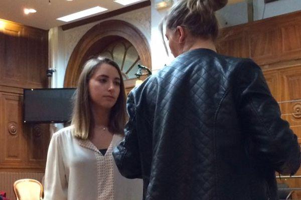 Chloé avec sa grande sœur - 15 juin 2016