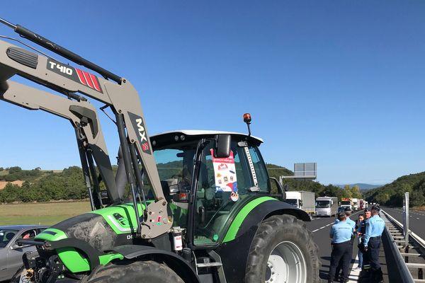 De nombreux agriculteurs ont protesté sur l'A75