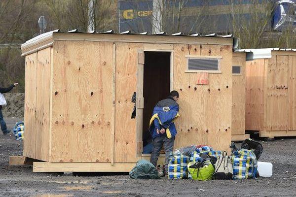 A Grande-Synthe, au camp de migrants de la Linière.