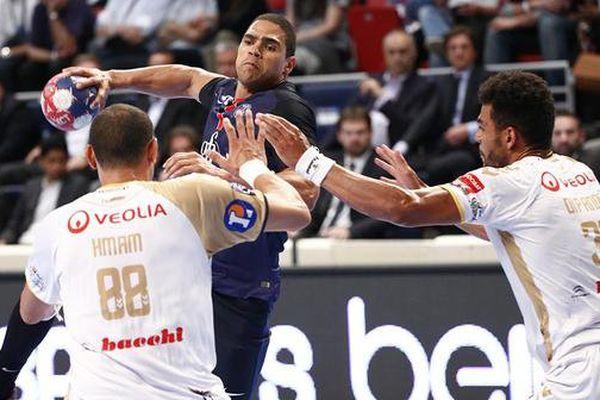 Le PSG Handball l'a emporté face à Saint-Raphaël (27-22).