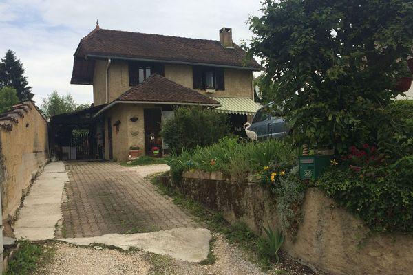 Le domicile des parents de Nordahl Lelandais où vivait l'ex-militaire
