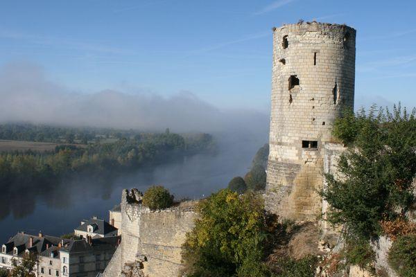 Le château de Chinon a aussi servi de lieu d'enfermement au Moyen Âge