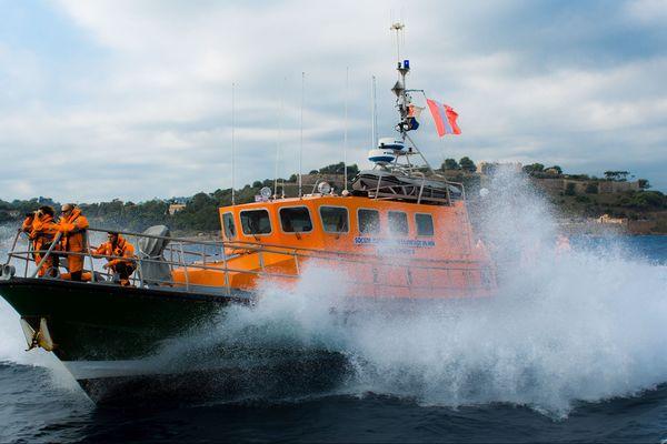 """Le canot tout temps des Sauveteurs en Mer (SNSM) de Saint-Tropez (Var), la SNS 066 """"Bailli de Suffren II"""""""