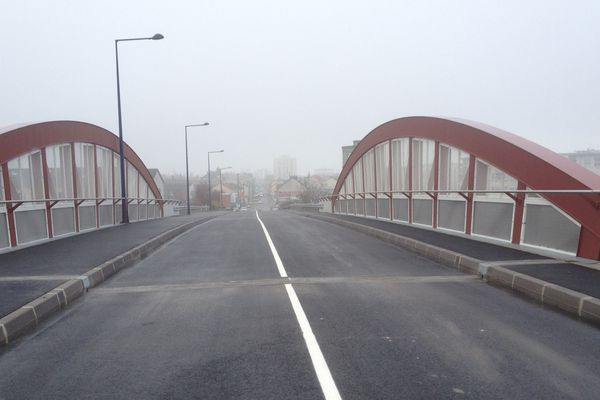 Nouvel ouvrage du pont de Bétheny - RD 74
