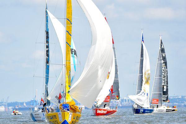39 bateaux ont pris le départ de La Solitaire du Figaro à Deauville dimanche dernier.