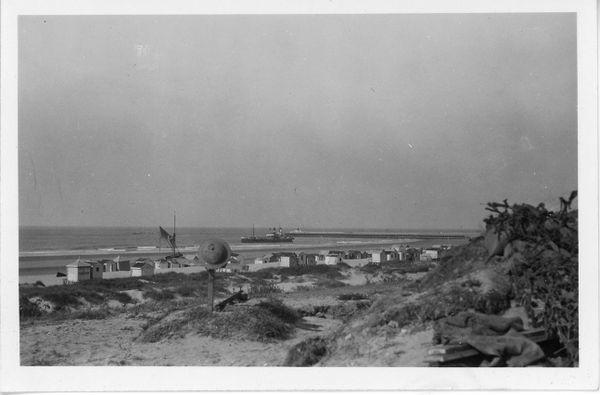 Tombes de soldats britanniques près de la plage de Calais.