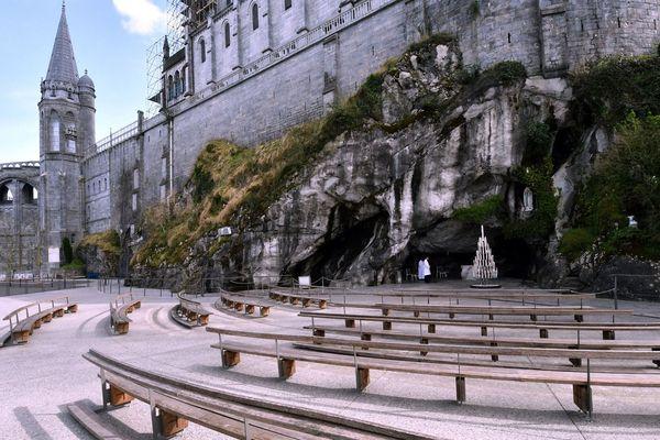 Près de 2400 saisonniers travaillent dans la cité mariale de Lourdes