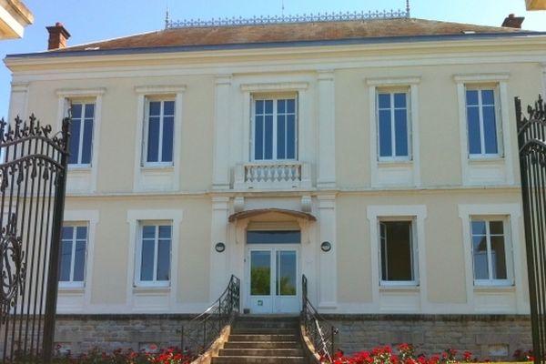 Les nouveaux locaux du Centre Médico-Psycho-Pédagogique de Saint-Junien inaugurés le lundi 26 novembre 2012
