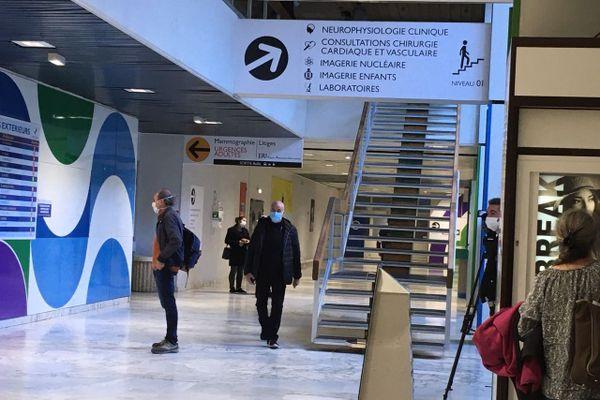 Un nouveau cluster dans un hôpital à Marseille.