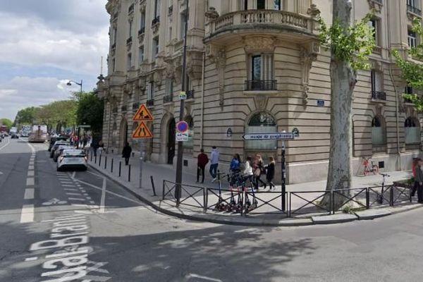L'angle de l'avenue de Suffren et du quai Branly, à Paris, où Cédric C. a été interpellé par des policiers, le 3 janvier 2020