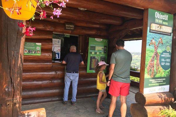 A Ardes-sur-Couze, depuis l'entrée en vigueur, ce mercredi 21 juillet du pass sanitaire, le Parc animalier d'Auvergne a immédiatement constaté les effets : la fréquentation a diminué.
