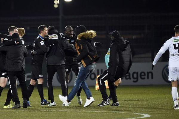Les joueurs camblysiens, tombeurs de Strasbourg (Ligue 1) en Coupe de France le 28 février (photo), ne retrouveront pas le championnat avant la rencontre à domicile avec le Red Star le 10 mars.