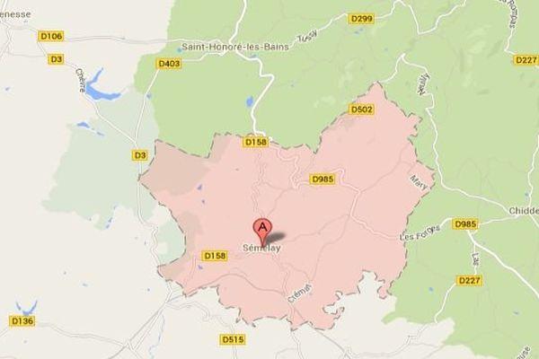 L'accident s'est produit sur la D 985 à hauteur de Semelay dans la Nièvre