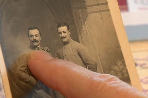 A Lostanges, près de Brive-la-Gaillarde, un soldat a été identifié après le travail de l'association Souvenir français. Dans le même village habite la petite-fille de la marraine du soldat.