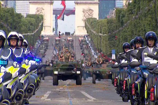 Le défilé des troupes motorisées ce 14 juillet à Paris