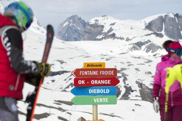 Les skieurs peuvent profiter du ski d'été à Val d'Isère depuis samedi 22 juin. Photo d'archives.