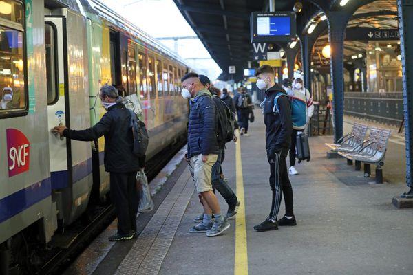Un ter en gare de Colmar, mai 2020