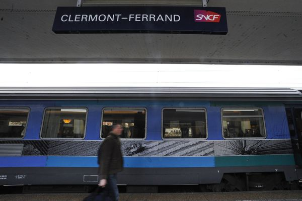 Train Intercité en gare de Clermont-Ferrand (Archives)
