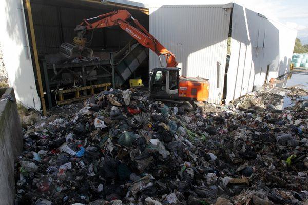 Le collectif Centru Corsica Vivu appelle à la manifestation contre le projet de centre d'enfouissement des déchets de Moltifao samedi 19 juin.