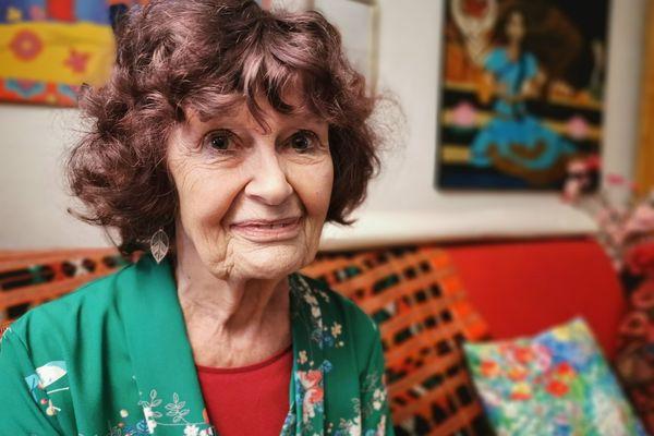 """Eva Thomas vit à Grenoble. Elle avait 44 ans quand elle a, la première, brisé l'Omerta sur l'inceste aux """"Dossiers de l'Ecran"""""""