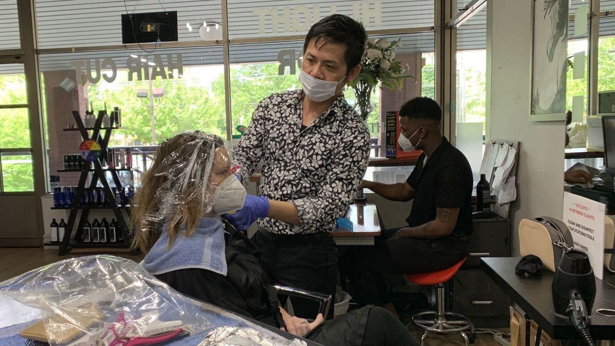Déconfinement : les salons de coiffure se préparent à