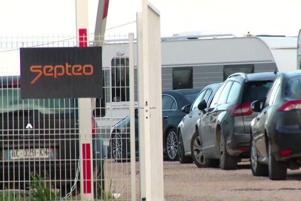 Lattes (Hérault) - 60 caravanes occupent illégalement le parking d'une entreprise depuis dimanche - 28 janvier 2020.