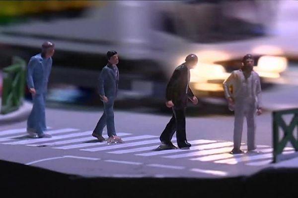 Les Beatles déambulent aussi à Mini World Lyon ....