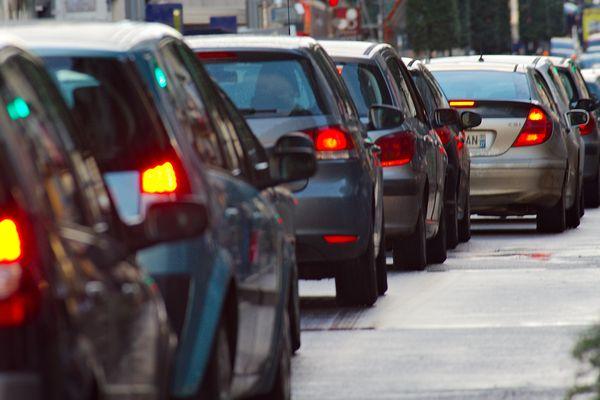 Un week-end du 1er mai chargé sur les routes, photo d'illustration