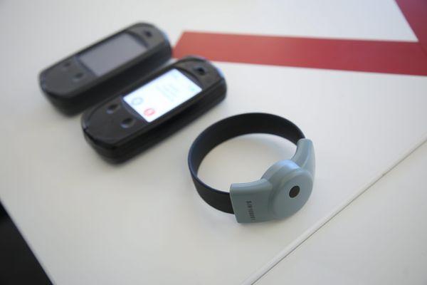 Pour la première fois, un bracelet anti-rapprochement semblable à celui-ci va être utilisé sur le ressort du tribunal judiciaire de Béziers dans une affaire de violences conjugales.