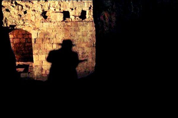 """La """"Maison sublime"""" se découvre dans la pénombre et le silence"""