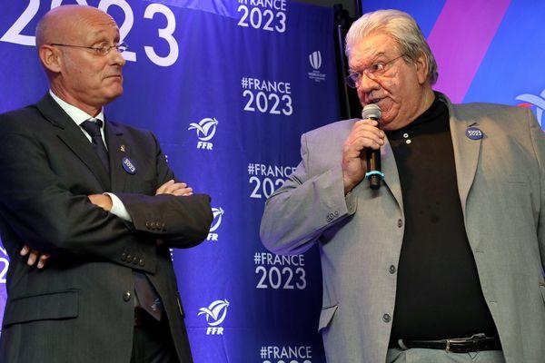 La structure du championnat de Pro D2 la saison prochaine a fait l'objet d'un bras de fer entre les présidents de la FFR (Bernard Laporte à gauche) et de la LNR (Paul Goze).