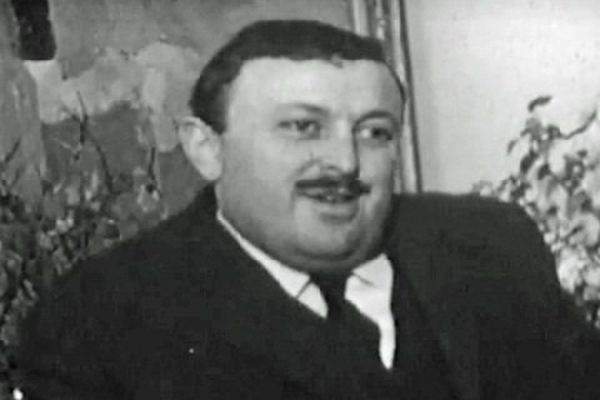 Philippe Tiry en 1966. Il est alors le directeur de la toute nouvelle Maison de la Culture d'Amiens.